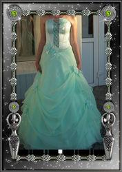 Продам очень красивое вечернее платье для выпускного вечера.