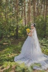 Шикарное свадебное платье..привезено и шито на заказ